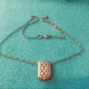 New Fashion Gold Tone Necklace With Pendant